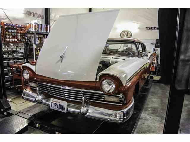 1957 Ford Fairlane 500 | 980757