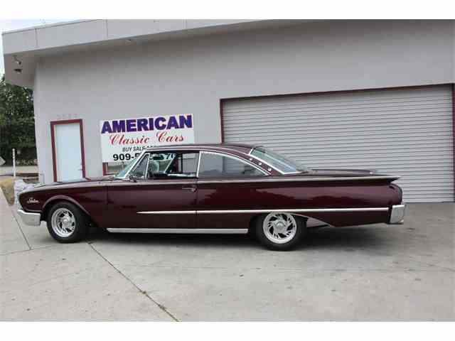 1960 Ford Starliner | 987643