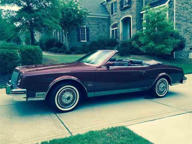 1982 Buick Riviera | 987793