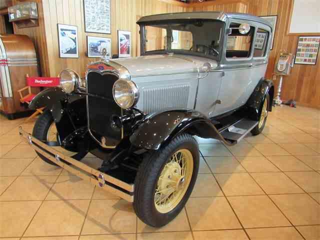 1930 Ford Model A 2-Door Sedan | 987794
