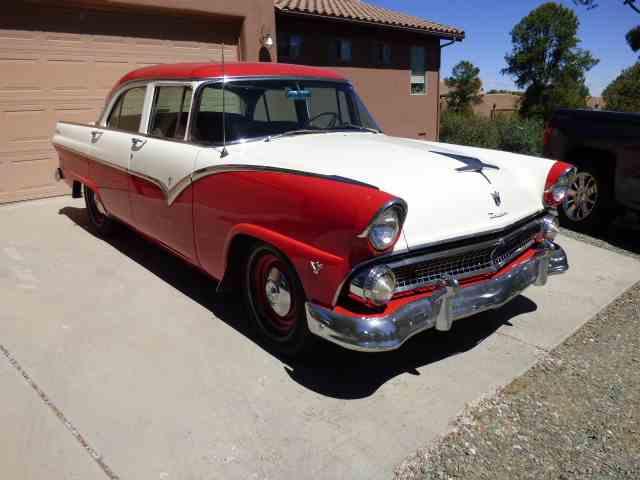 1955 Ford Fairlane | 987804
