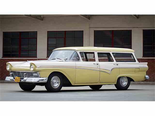 1957 Ford Six-Passenger Country Sedan | 987865