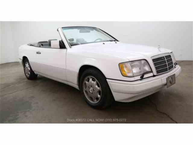 1995 Mercedes-Benz E320 | 988000