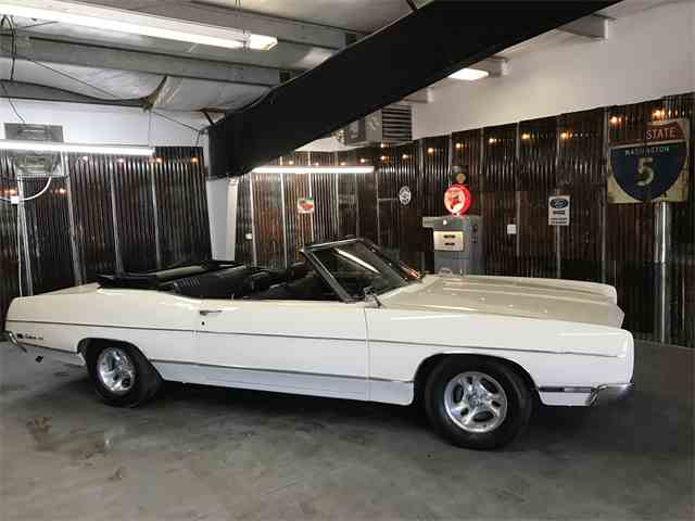 1969 Ford Galaxie 500 | 988090