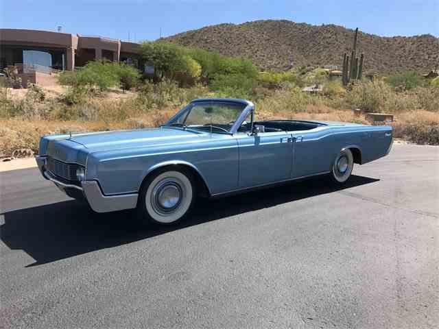 1967 Lincoln Continental | 988112