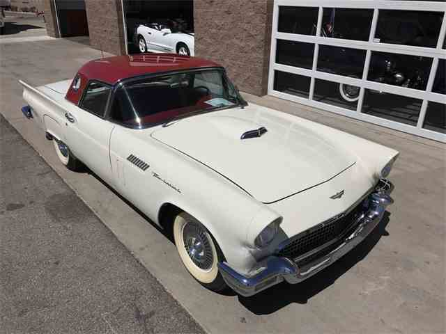 1957 Ford Thunderbird | 988163