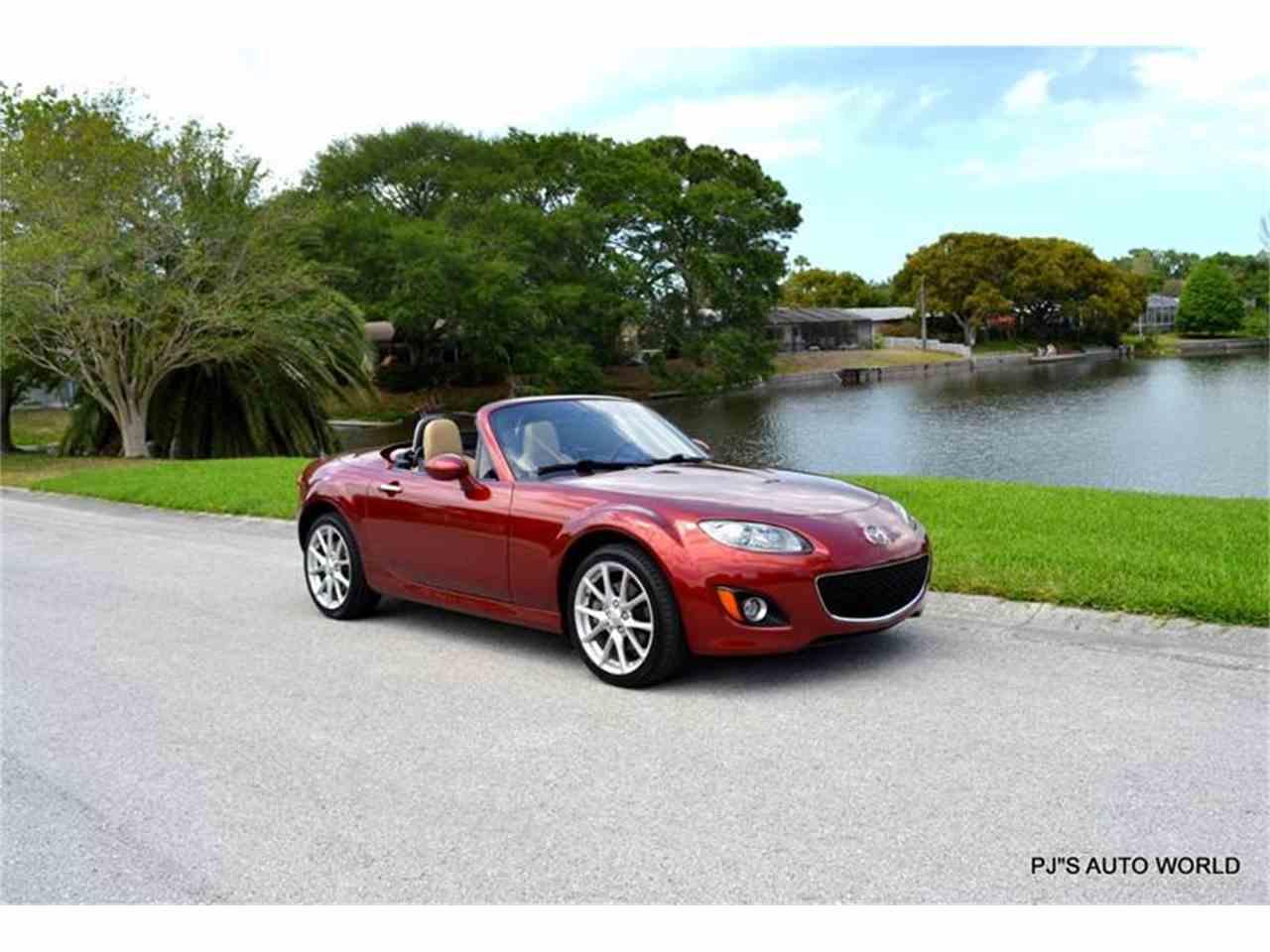 Large Picture of '12 Mazda Miata - $16,600.00 - L6IJ