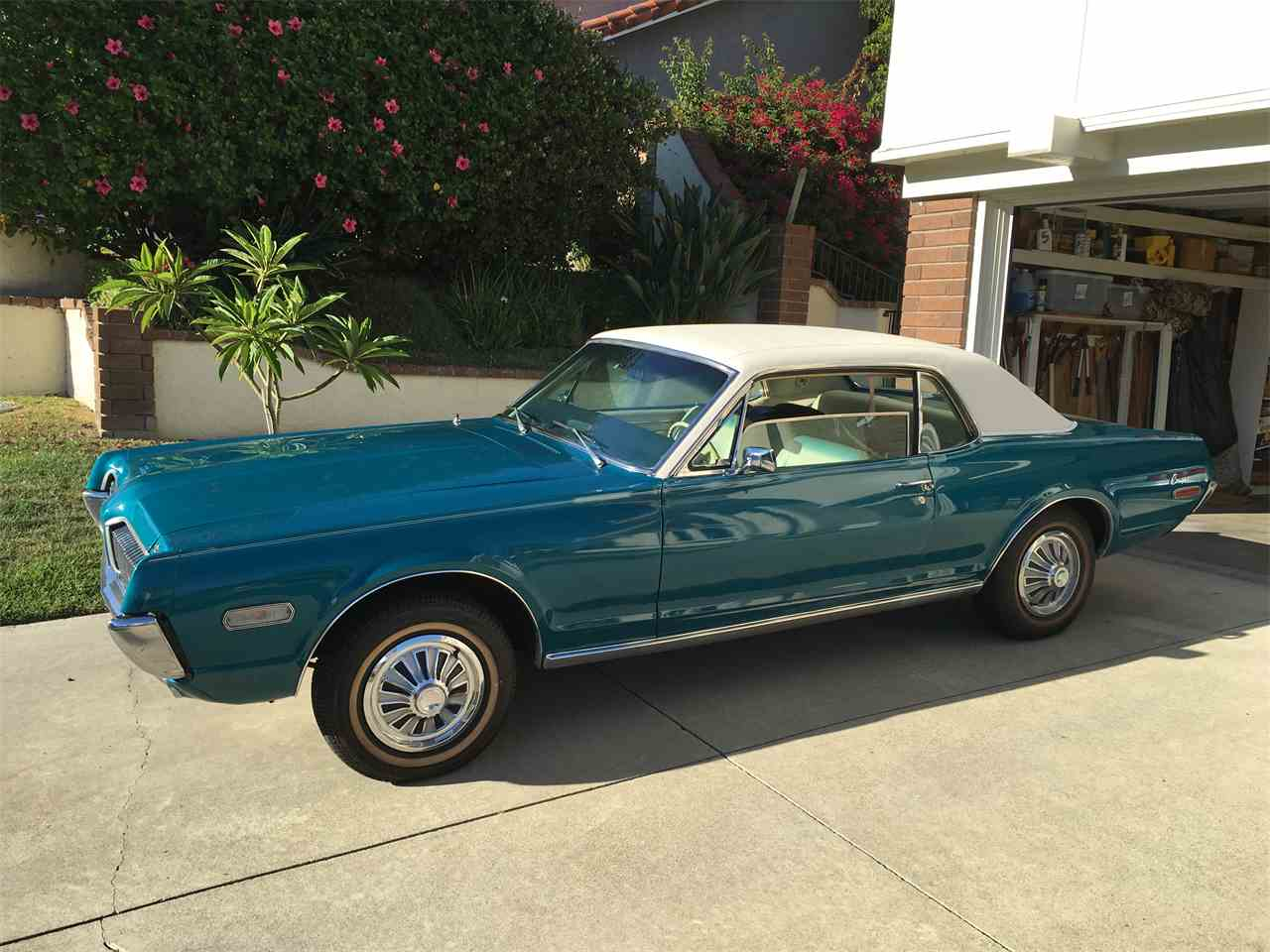 Large Picture of '68 Cougar  - L6MB