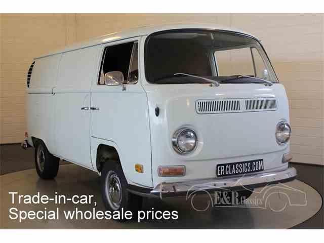 1971 Volkswagen Type 2   988375