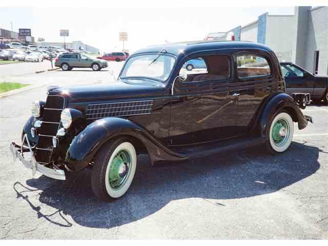 1935 Ford Slantback | 980084