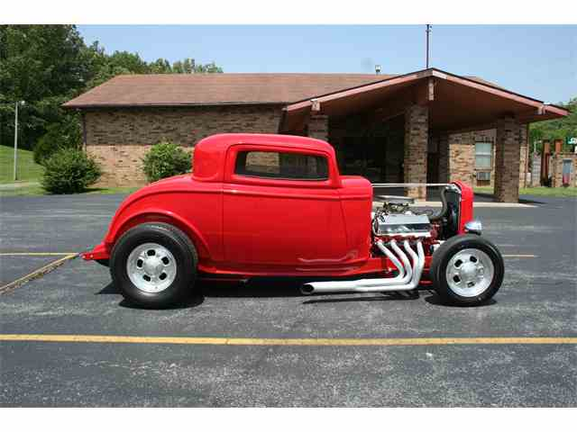 1932 Ford Coupe | 988400