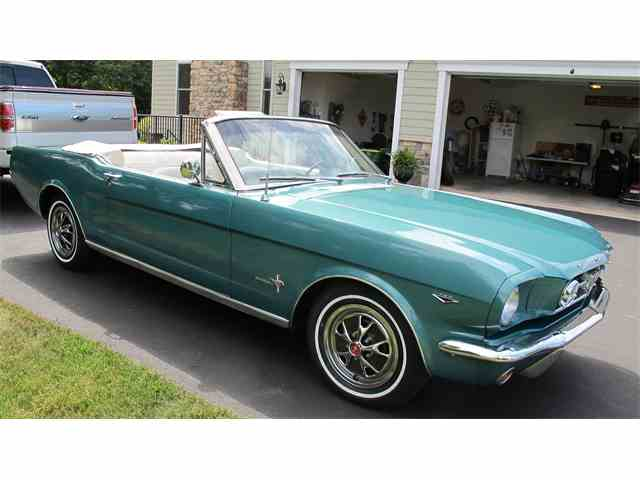 1964 Ford Mustang | 988421