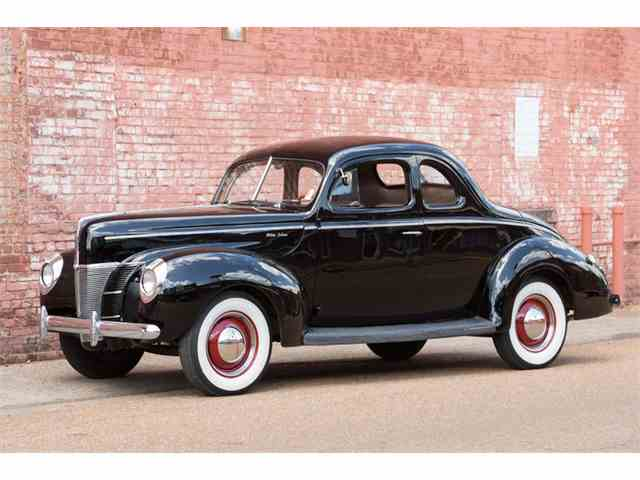 1940 Ford Deluxe | 988496