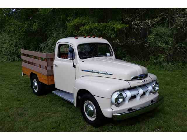 1951 Ford F3 | 988530