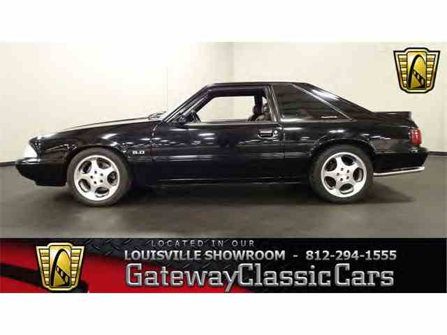 1993 Ford Mustang | 988556
