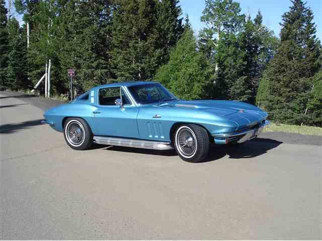 1965 Chevrolet Corvette | 988673