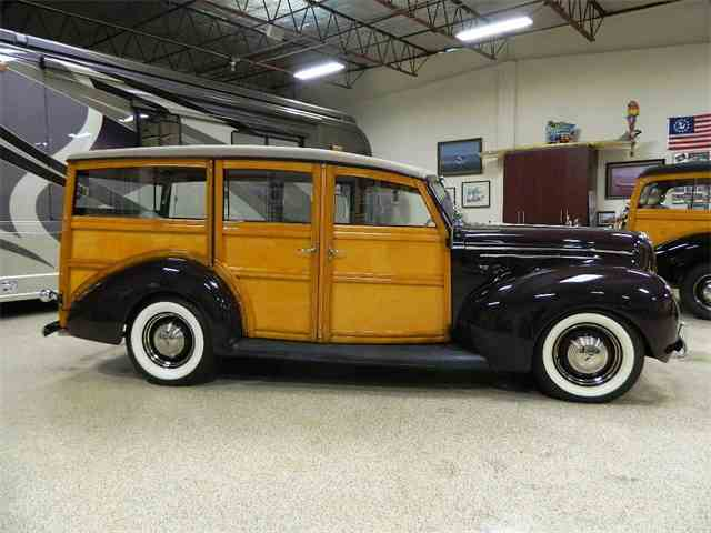 1939 Ford Woody Wagon | 988732