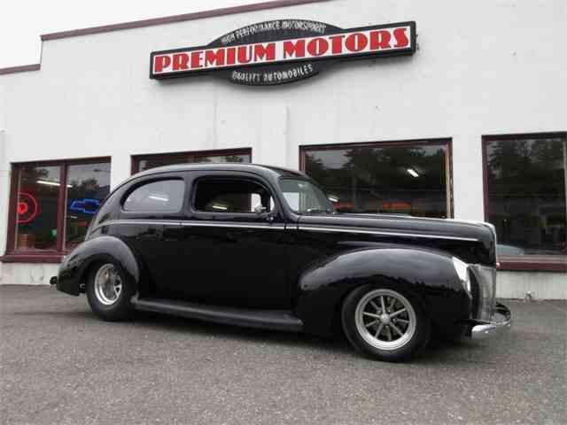 1940 Ford Sedan | 988739
