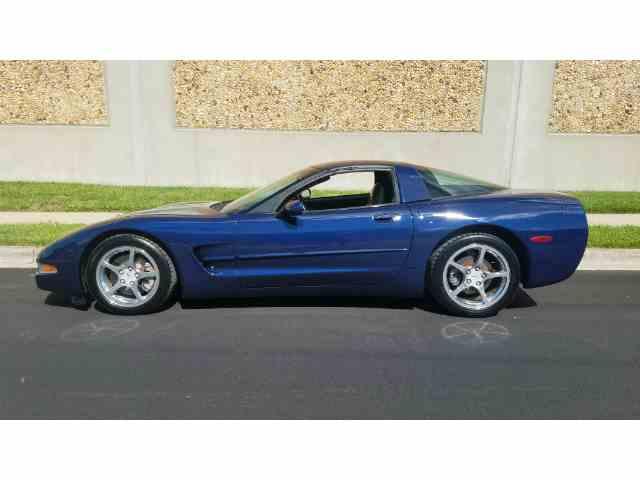 2001 Chevrolet Corvette | 988753
