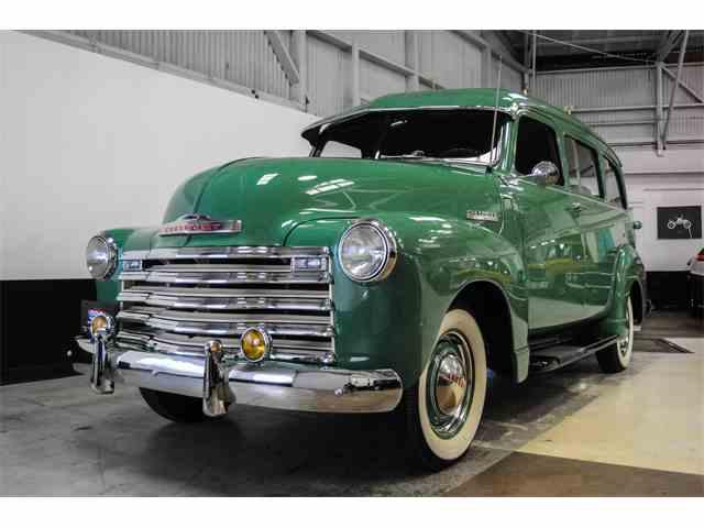 1949 Chevrolet Suburban | 989045