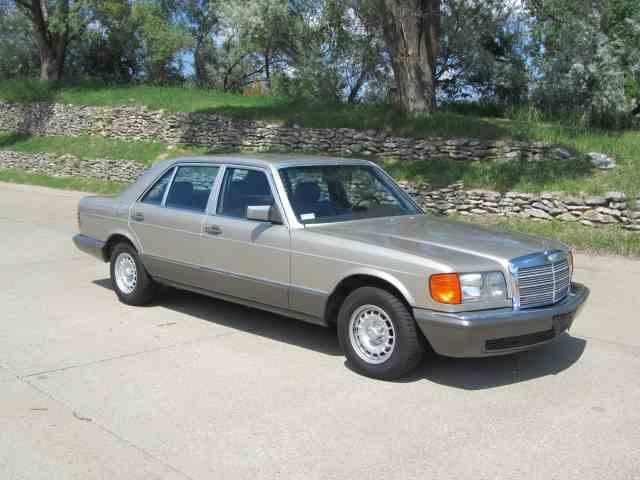1985 Mercedes-Benz 500SEL   989057