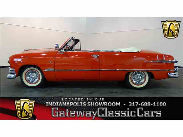 1951 Ford Custom | 989130
