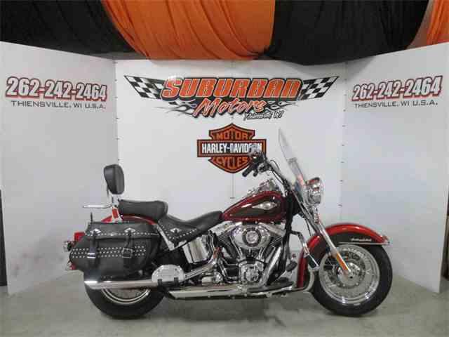 2012 Harley-Davidson® FLSTC - Heritage Softail® Classic | 989152