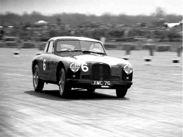 1951 Aston Martin DB2 Works Competition Lightweight | 989166