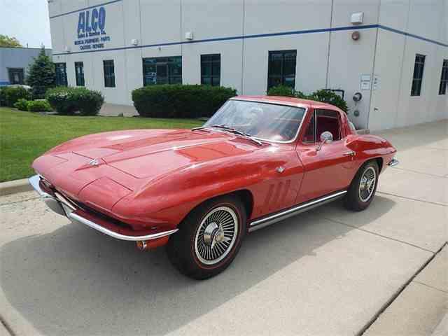 1965 Chevrolet Corvette | 989192