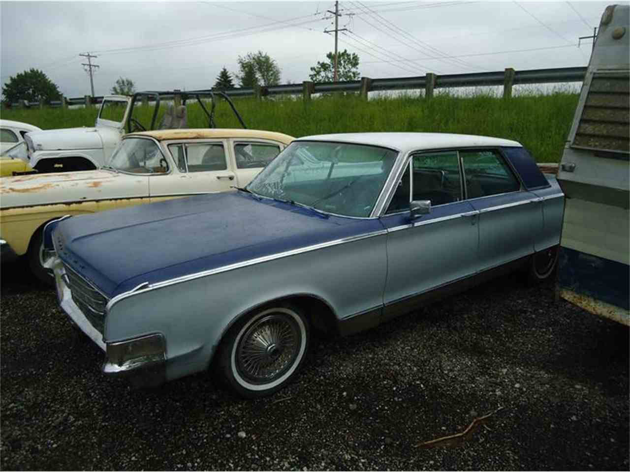 Large Picture of '65 Newport - L7AE