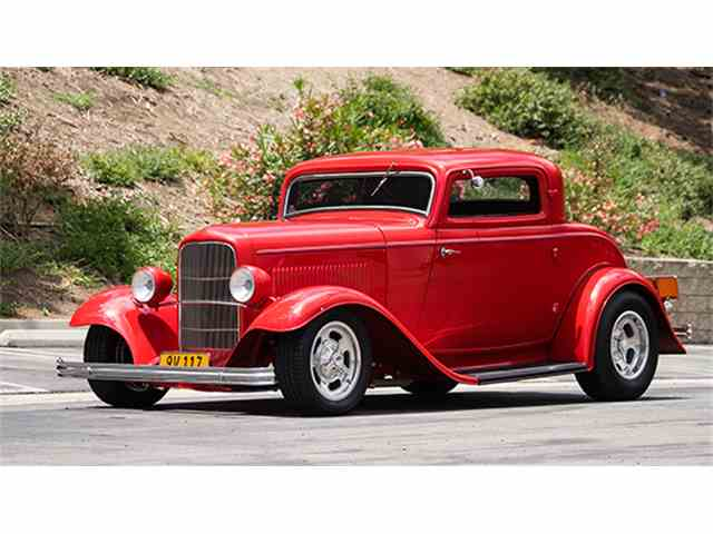 1932 Ford V-8 Deluxe 'Three-Window' Coupe Street Rod | 989265