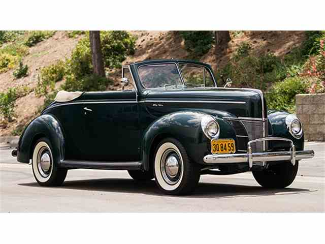 1940 Ford Deluxe | 989266