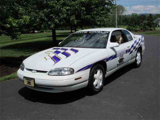 1995 Chevrolet Monte Carlo Pace Car | 989354