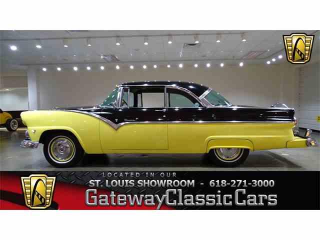 1955 Ford Fairlane | 989452