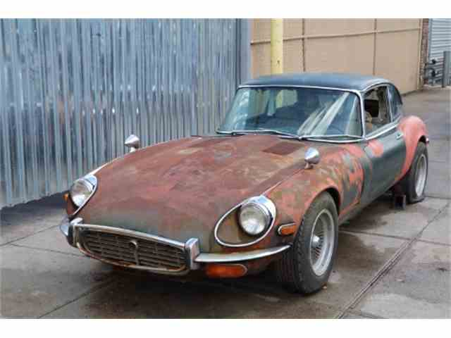 1971 Jaguar XKE 2+2 Primer | 989578