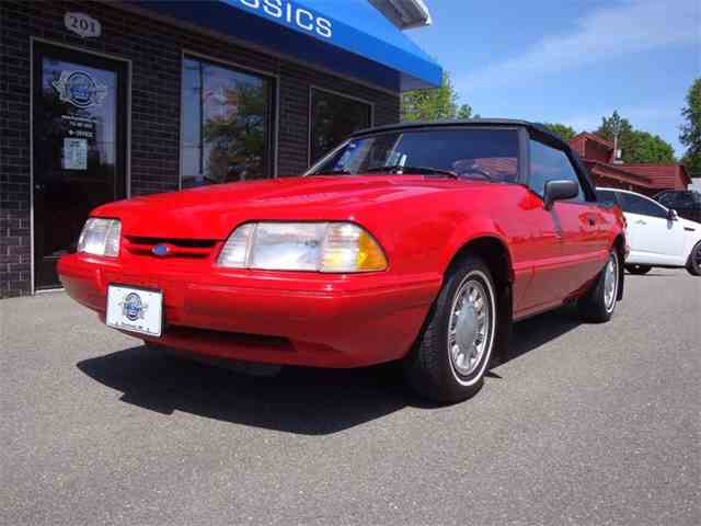 1993 Ford Mustang | 989722