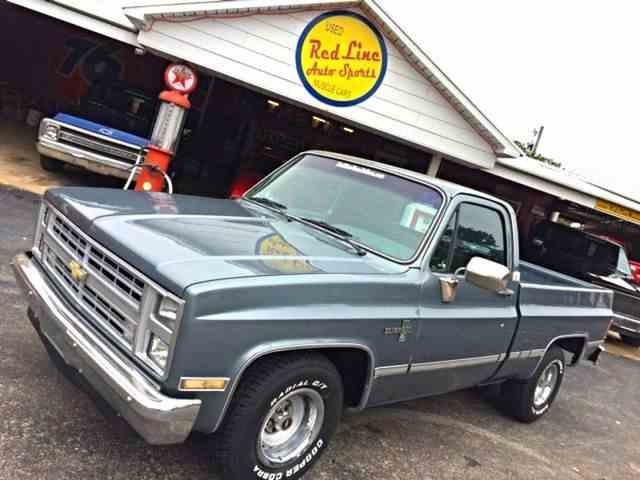 1987 Chevrolet R/V10 | 989732
