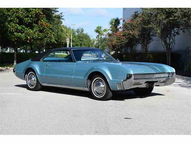 1966 to 1968 oldsmobile toronado for sale on classiccars. Black Bedroom Furniture Sets. Home Design Ideas