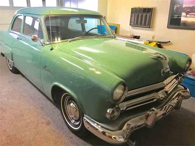 1952 Ford Mainline Business Sedan | 989800