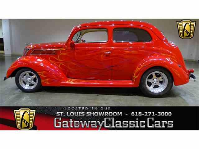 1937 Ford Humpback | 991093