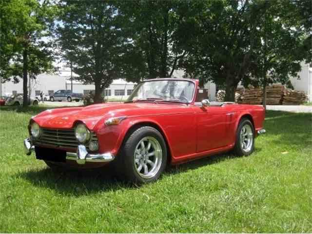 1966 Triumph TR-4 IRS   990112