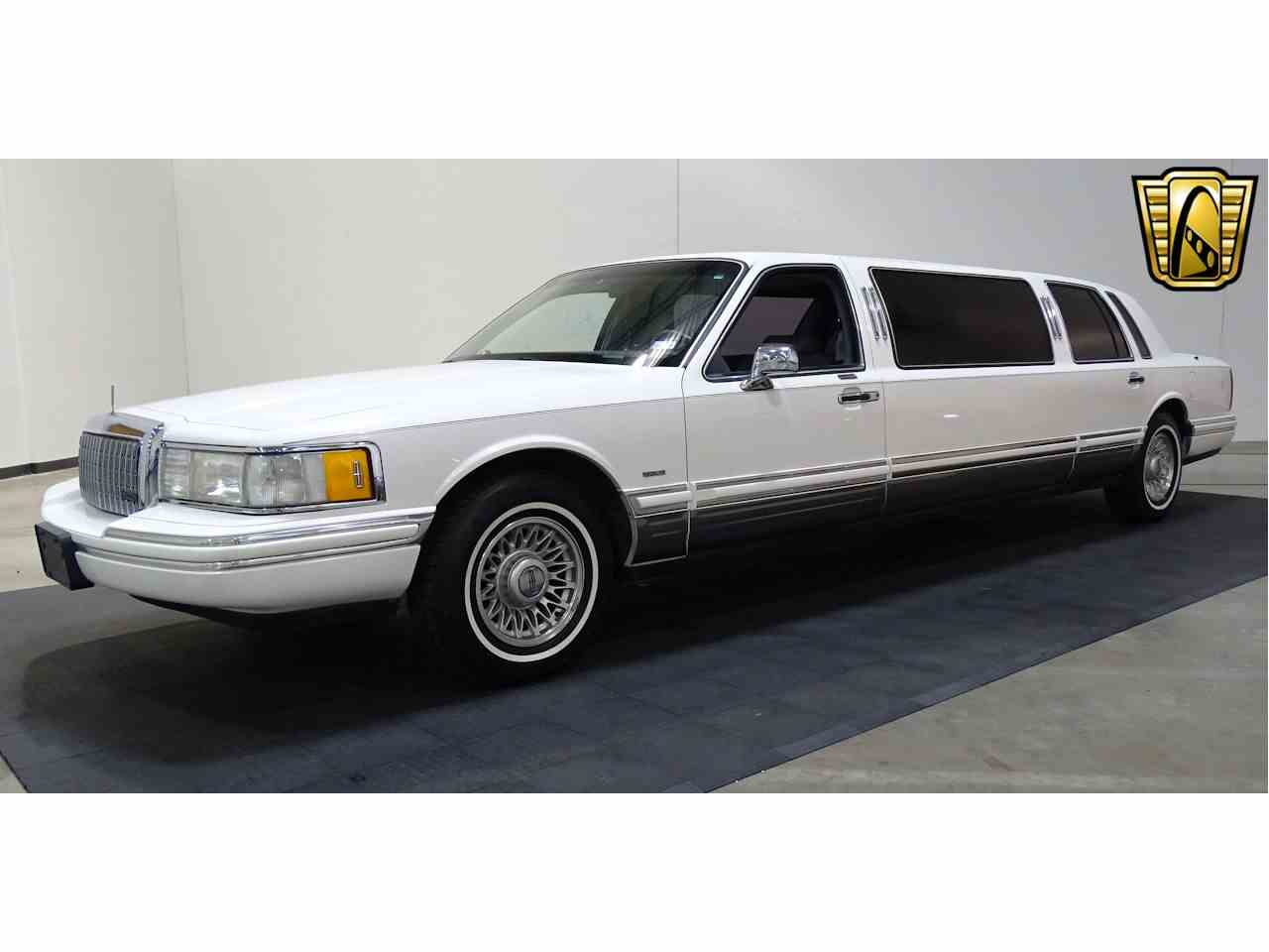 1994 Lincoln Town Car for Sale  ClassicCarscom  CC990129