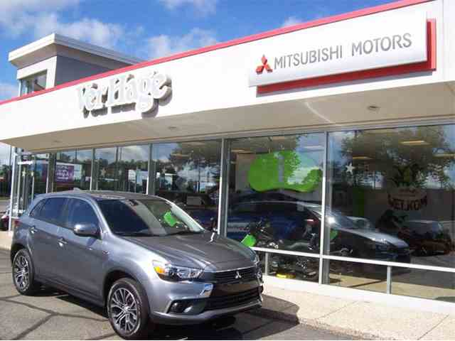 Picture of 2017 Mitsubishi Outlander located in Michigan - $18,685.00 Offered by Verhage Mitsubishi - L8Y5