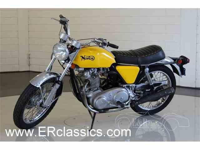 1972 Norton Commando   991402