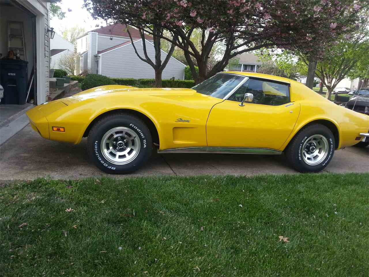 Picture of 1973 chevrolet corvette coupe exterior - Photo 1