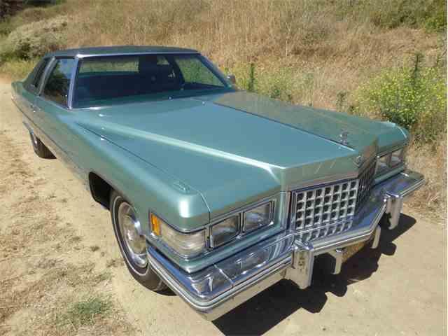 1976 Cadillac Coupe DeVille | 991577