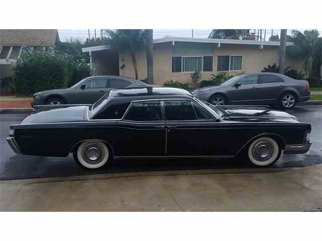 1969 Lincoln Continental Presidential Edition | 992419