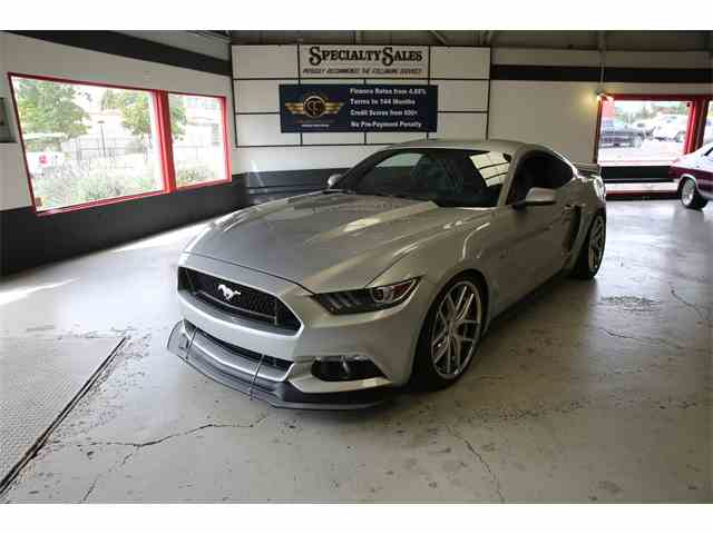 2015 Ford Mustang | 992453