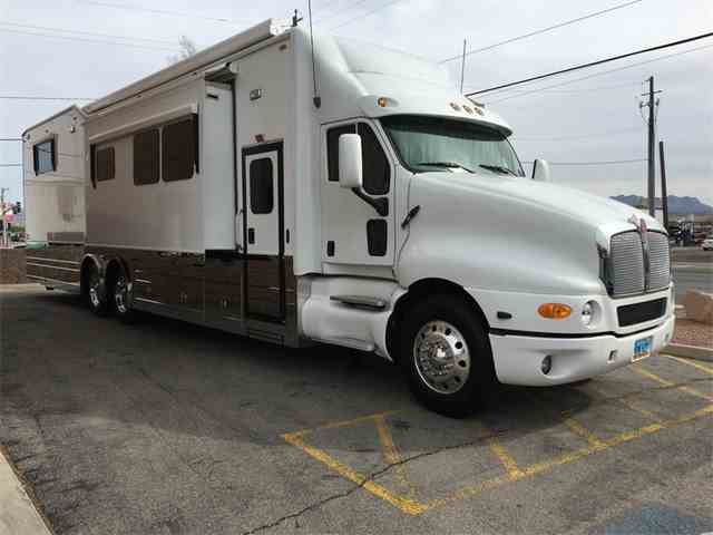 2006 KENWORTH T2000 with KINGSLEY COACH | 992512