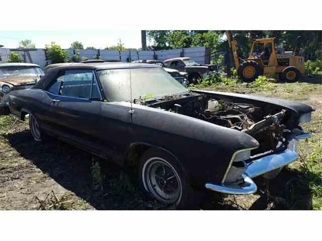 1965 Buick Riviera | 992621